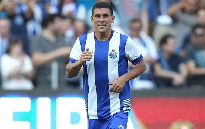 FUTEBOL - durante a apresentacao do plantel do FC Porto para a epoca 2015/16. Estadio do Dragao, no Porto. Sabado, 8 de Agosto  de 2015.  (ASF/PAULO ESTEVES).